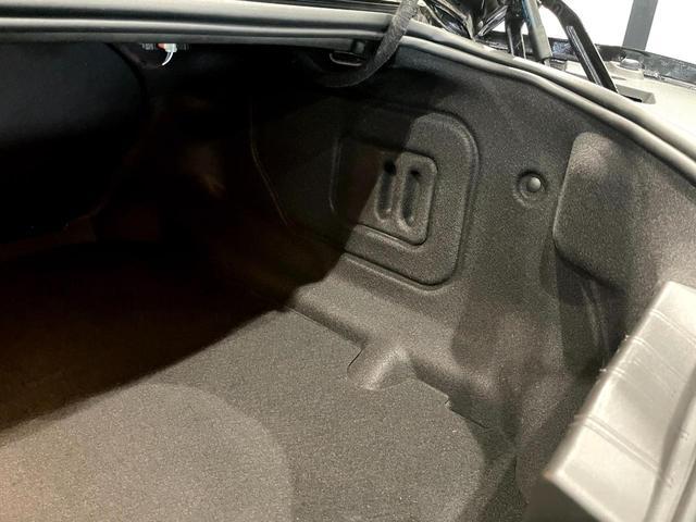 2LT 6速MT 前席シートヒーター シートクーラー 革シート デュアルゾーンオートエアコンディショナー 8インチカラータッチスクリーン BOSEサウンドシステム アップルカープレイ(30枚目)