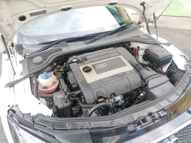パワフルな2000ccターボエンジン!快適で俊速なエンジンと切れの良いシフトのDSGで楽しいドライブが堪能できます!