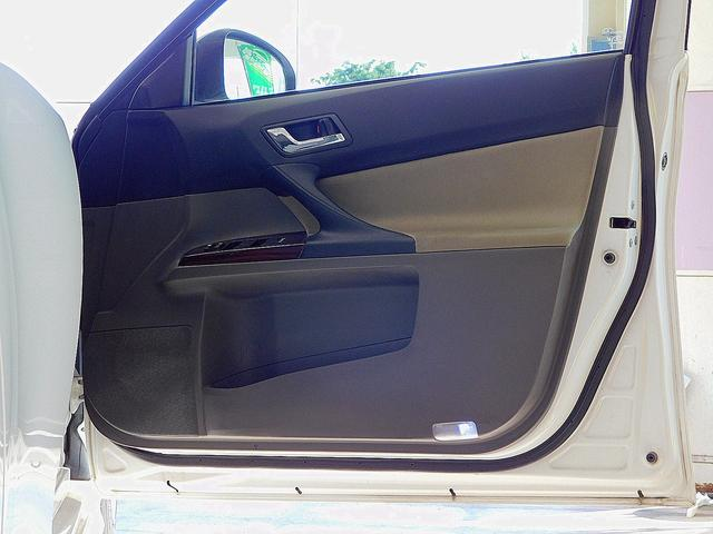 250G リラックスセレクション モデリスタエアロ ブリッツ車高調 外品17インチアルミホイール カロッツェリアSDナビゲーション フルセグテレビ バックモニター 柿本マフラー(31枚目)