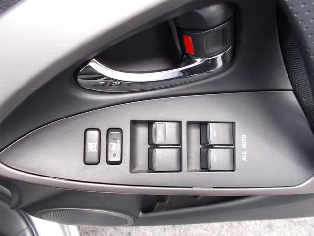 X 4WD DVDナビ HIDヘッドライト 1オーナー(19枚目)