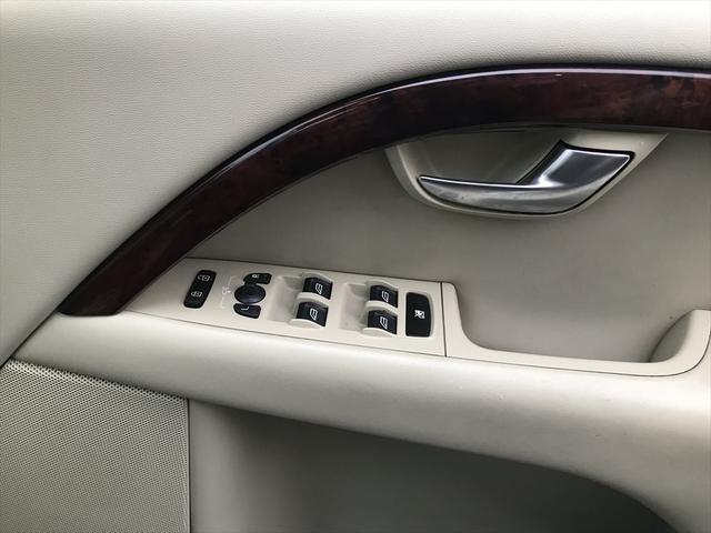 「ボルボ」「ボルボ V70」「ステーションワゴン」「愛知県」の中古車29