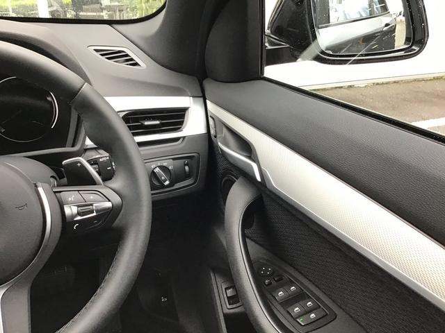 xDrive 18d Mスポーツ 4WD LEDヘッドライト(13枚目)