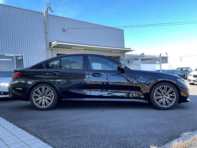 320i Mスポーツ 試乗車UP・コンフォートパッケージ・電動トランク・純正18インチアルミ・シートヒーター・パワーシート・LEDヘッドランプ・全周囲カメラ(4枚目)
