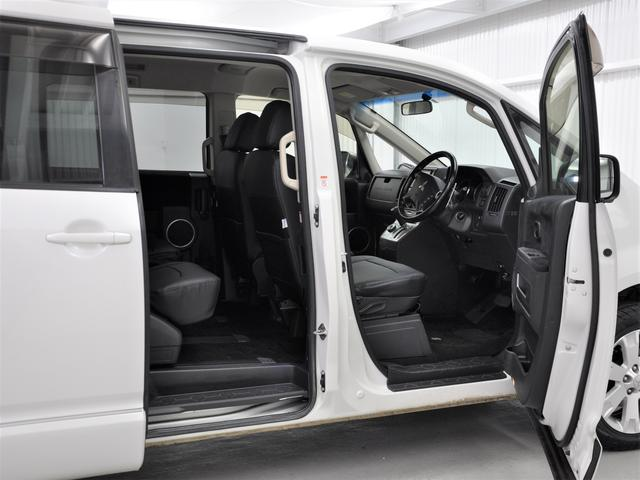 内装や外装に関して細かい部分まで傷の状態などをチェックしています。ぜひ車両状態などお問い合わせ下さい。