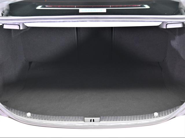 C180アバンギャルド スマートキー プッシュスタート 純正ナビ 地デジ ETC LEDヘッドライト バックカメラ(57枚目)