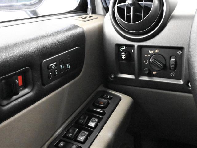 「ハマー」「ハマーH2」「SUV・クロカン」「愛知県」の中古車32