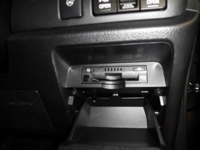 Gi プレミアムブラッ フルセグ メモリーナビ DVD再生 ミュージックプレイヤー接続可 後席モニター バックカメラ 衝突被害軽減システム ETC ドラレコ 両側電動スライド LEDヘッドランプ 乗車定員7人 3列シート(17枚目)