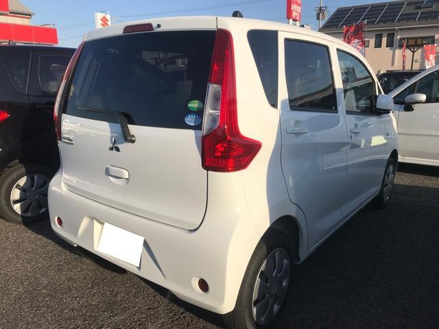 E 軽自動車 届出済未使用車 CVT キーレスエントリー(3枚目)
