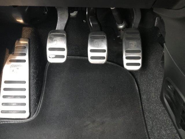 アバルト アバルト アバルト595 ベースグレード 左ハンドル 現行モデル ナビ ETC付き