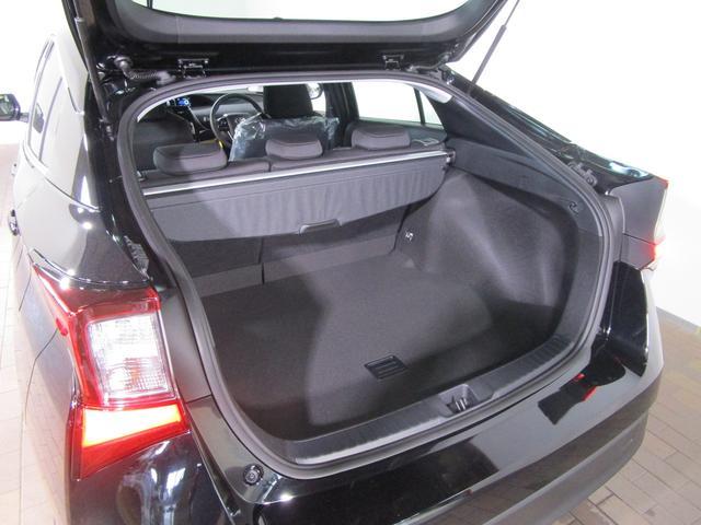 S ナビレディPK トヨタセーフティセンスP 登録済未使用車(13枚目)