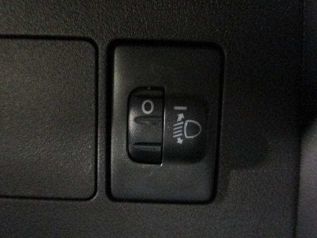 スタンダード 届出済未使用車 5速マニュアル エアバック(3枚目)
