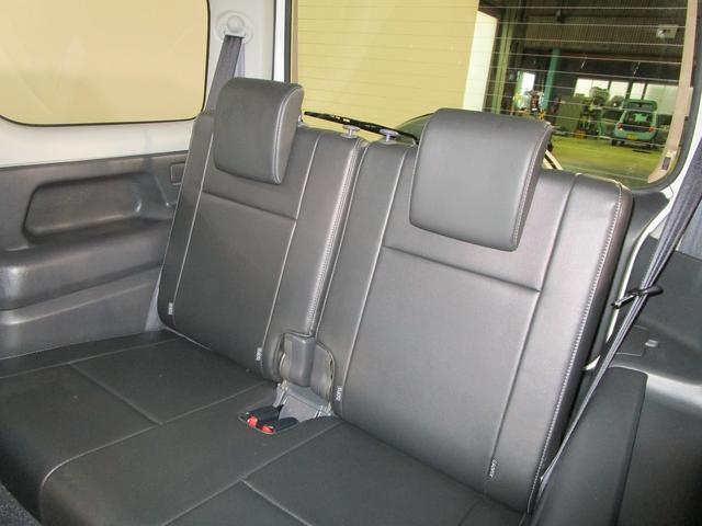 ランドベンチャー 4WD 5MT 社外ナビ ワンセグTV ワンオーナー シートヒーター コンビシート 純正16インチアルミ キーレスエントリー ターボ車 電動格納ミラー DVD再生 純正マット ドアバイザー(12枚目)