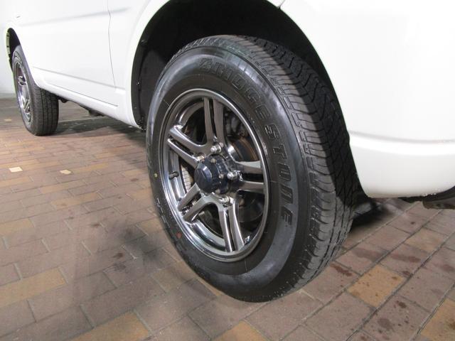 ランドベンチャー 4WD 5MT 社外ナビ ワンセグTV ワンオーナー シートヒーター コンビシート 純正16インチアルミ キーレスエントリー ターボ車 電動格納ミラー DVD再生 純正マット ドアバイザー(19枚目)