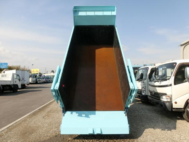 UDトラックス コンドル 平 深ダンプ 土砂禁 垂直Pゲート 2t 5速 CNG