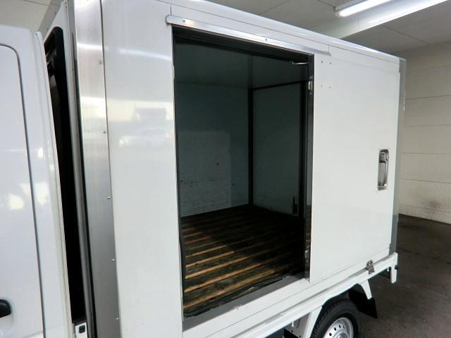 スズキ キャリイトラック 冷蔵冷凍車 -5℃ 左スライドドア 木製スノコ 5速 中温