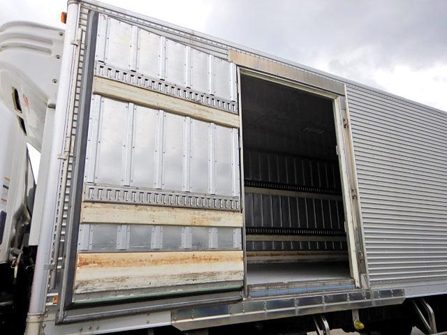 冷蔵冷凍車-30℃ Pゲート 増t サイドドア ベッド MT(12枚目)