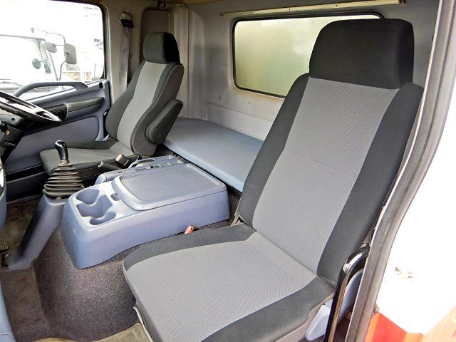 冷蔵冷凍車-30℃ Pゲート 増t サイドドア ベッド MT(14枚目)