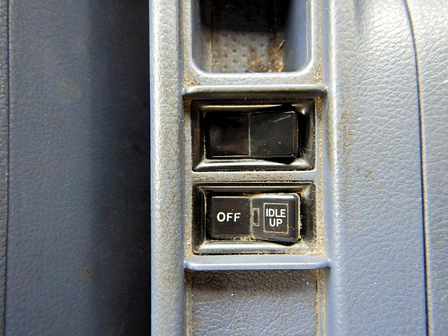 冷蔵冷凍車-30℃ Pゲート 増t サイドドア ベッド MT(20枚目)