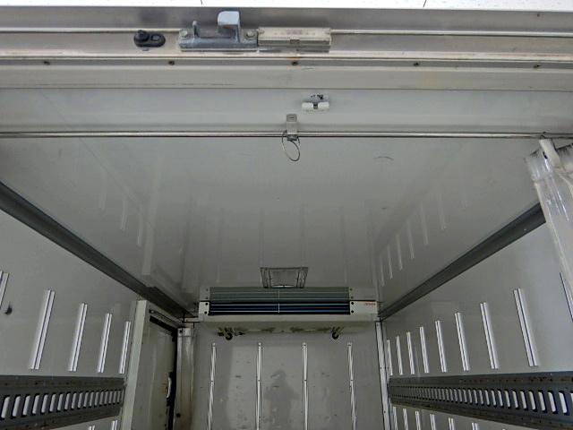 冷蔵冷凍車-22℃ サイドドア 1.4t積 ラッシングレール(8枚目)