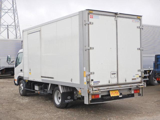 車両総重量5675kg 最大積載量2000kg