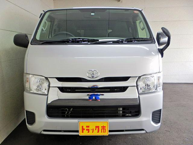ロングDX GLパッケージ ディーゼル車 9人乗り 4ドア(3枚目)
