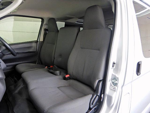 ロングDX GLパッケージ ディーゼル車 9人乗り 4ドア(9枚目)