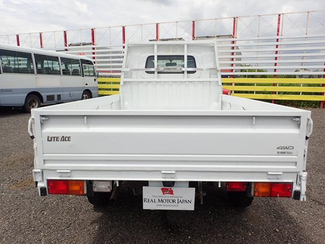 トヨタ ライトエーストラック 4WD 平ボディ 現行モデル 3方開 マニュアル MT
