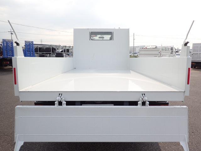 三菱ふそう キャンター 強化ダンプ 2t 新明和 3方開 全低床 5MT