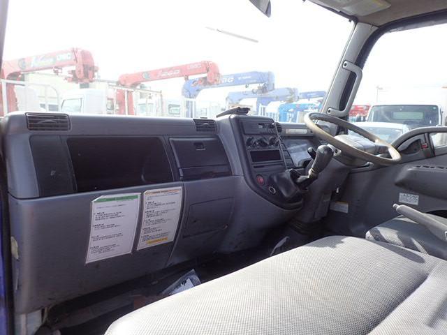 三菱ふそう キャンター Wキャブ Pゲート 4WD 1t 3方開 6人 リアヒーター
