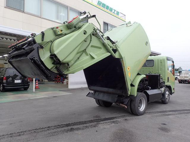 いすゞ エルフトラック パッカー車 2.6トン 5速MT 4.3立米 回転板式