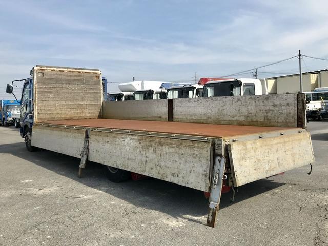 三菱ふそう ファイター アルミブロック 平ボディ 670ロング 標準幅 ベッド付き