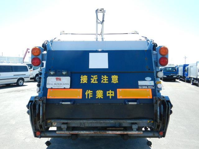 3t 巻き込み式パッカー車 6.8立米 バックアイ 6MT(6枚目)
