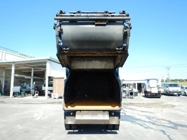 3t 巻き込み式パッカー車 6.8立米 バックアイ 6MT(8枚目)