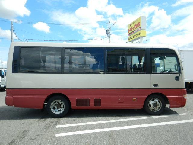 バス キャンピングカー 9人乗り R観音扉 バックカメラ付(4枚目)
