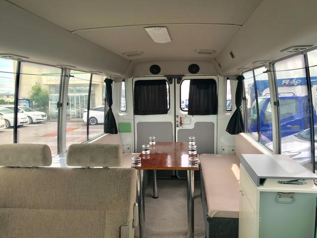 バス キャンピングカー 9人乗り R観音扉 バックカメラ付(5枚目)