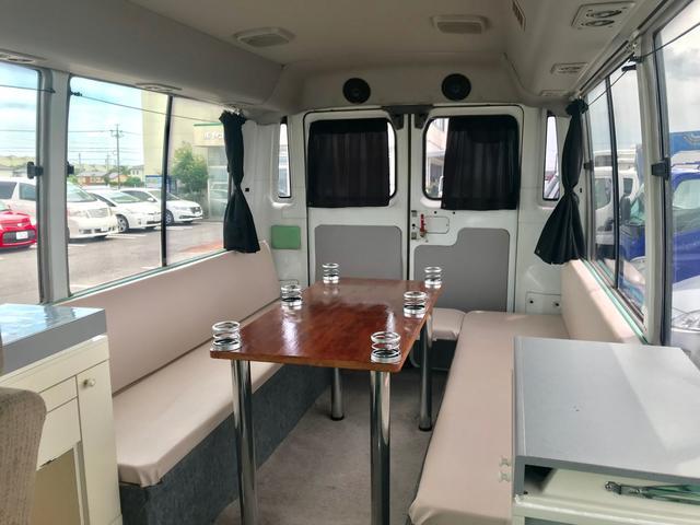 バス キャンピングカー 9人乗り R観音扉 バックカメラ付(8枚目)