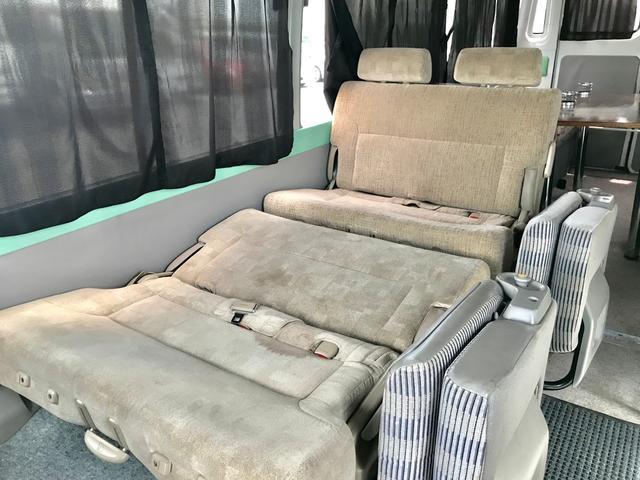 バス キャンピングカー 9人乗り R観音扉 バックカメラ付(11枚目)