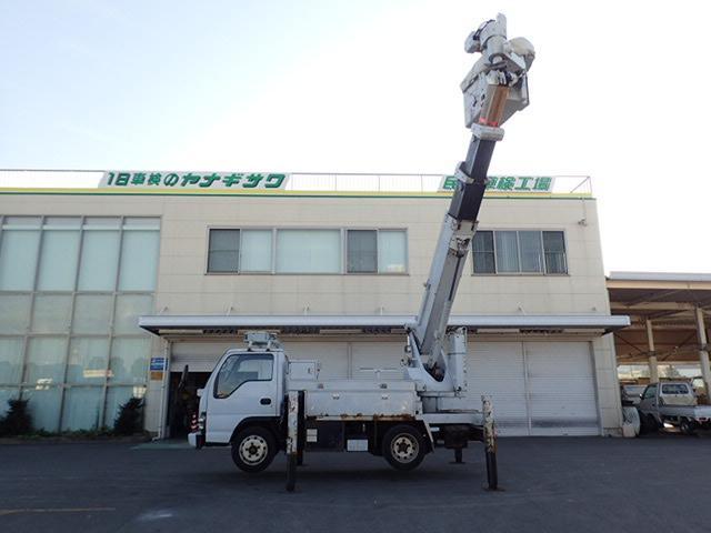 アイチ製 高所作業車 電工仕様 作業高13M バケットFRP(8枚目)