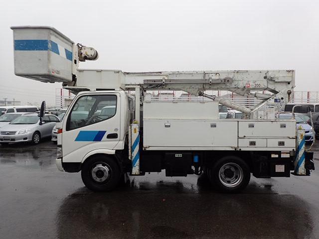 アイチ製 電工仕様 高所作業車 14.6M サブバッテリー(4枚目)