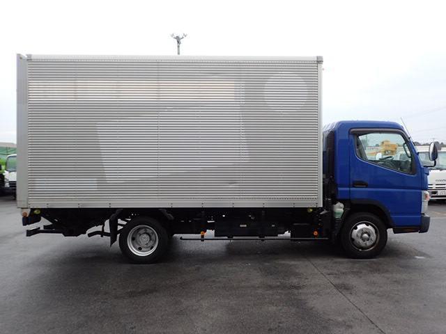最大積載量:3500kg・車輌総重量:7245kg