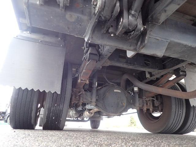 全国チェーンのバン・トラック専門店『トラック市』加盟店です!!大型トラックからバスまで取り扱い車種多数です!特装車もお任せください☆