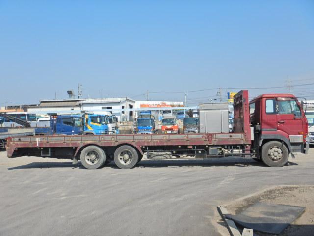 最大積載量:13600kg・車輌総重量:24940kg