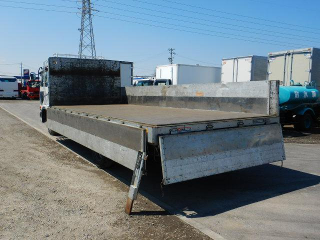 アルミブロック 平 増トン6.8t ワイドロング ベッド付き(8枚目)