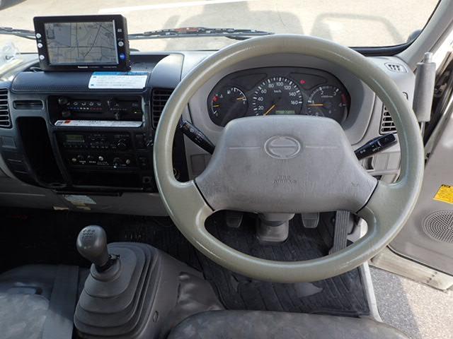 高所作業車 5速 アイチ製 4WD 作業床9.7m(9枚目)