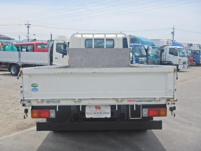 2トン ワイドロング 平ボディ 5MT 4WD 全低床(6枚目)