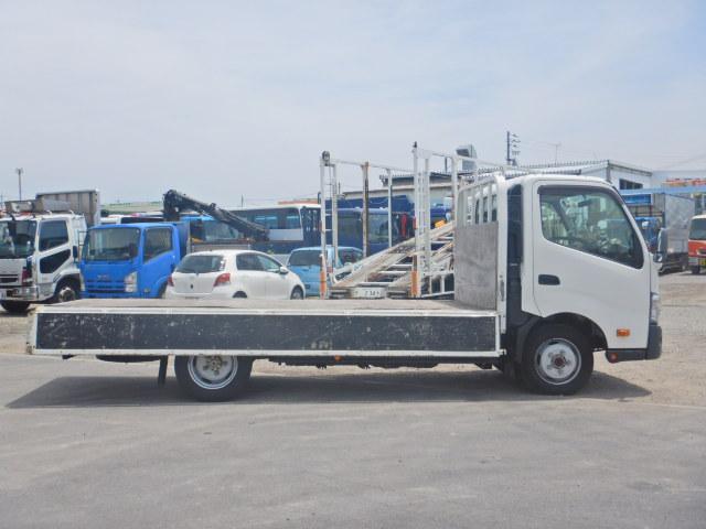 2トン ワイドロング 平ボディ 5MT 4WD 全低床(10枚目)