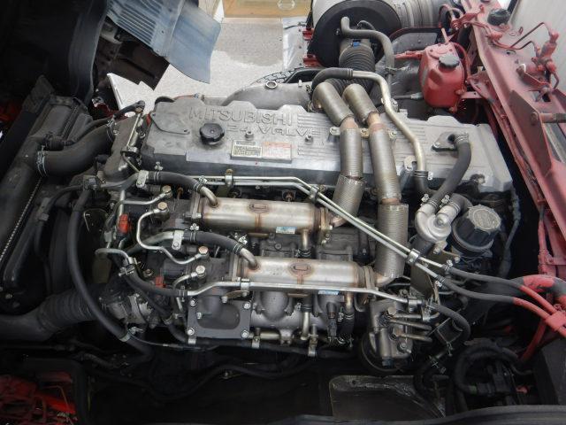 冷蔵冷凍車 2デフ4軸低床 総輪エアサス 12t積(7枚目)