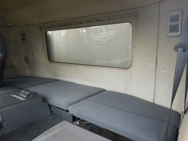 冷蔵冷凍車 2デフ4軸低床 総輪エアサス 12t積(15枚目)
