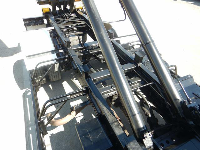 増トンアームロール 7t ロングコンテナ仕様 240馬力(11枚目)
