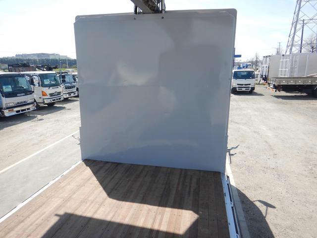 アルミウイング 増トンワイドロング 7t 6MT ベッド付き(18枚目)